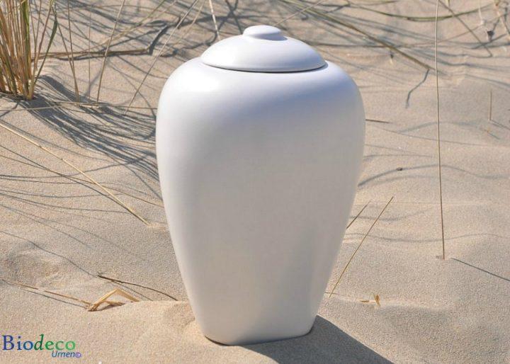 Zee-urn Classic Parel, biologisch afbreekbare urn in het duinzand